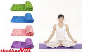 Sử dụng khăn trải thảm tập Yoga hàng ngày