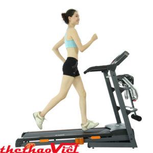Body hấp dẫn khi tập máy chạy bộ thường xuyên