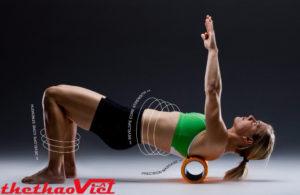 Tập luyện hàng ngày với Con lăn massage tập yoga Foam Roller
