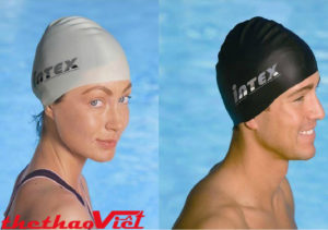 Mũ bơi có nhiều lợi ích khi bơi