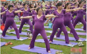 phụ nữ mang bầu có nên tập yoga không