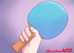 Một cách cầm vợt bóng bàn thông dụng