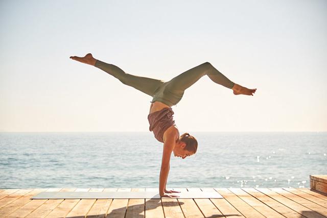 tap-yoga-tai-nha-2