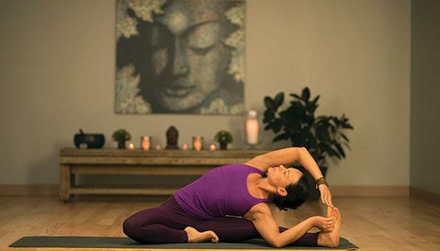 tap-yoga-buoi-toi
