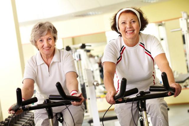 Tăng cường sức khỏe cho người già
